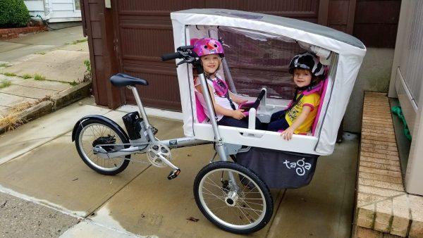 Taga family elettrica trasporto 2 bambini con tettuccio reale